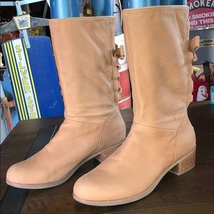 LIKE NEW Ugg boots ribbon booties lace shoes